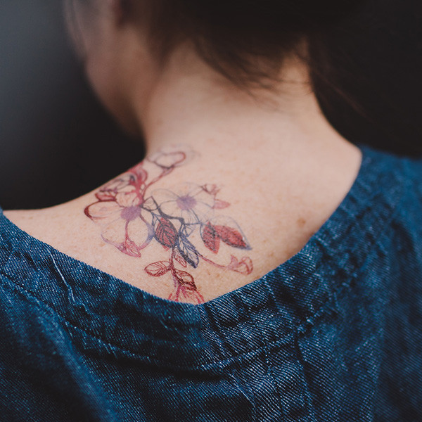 tattly_stina_persson_floral_flourish_web_applied_05_grande