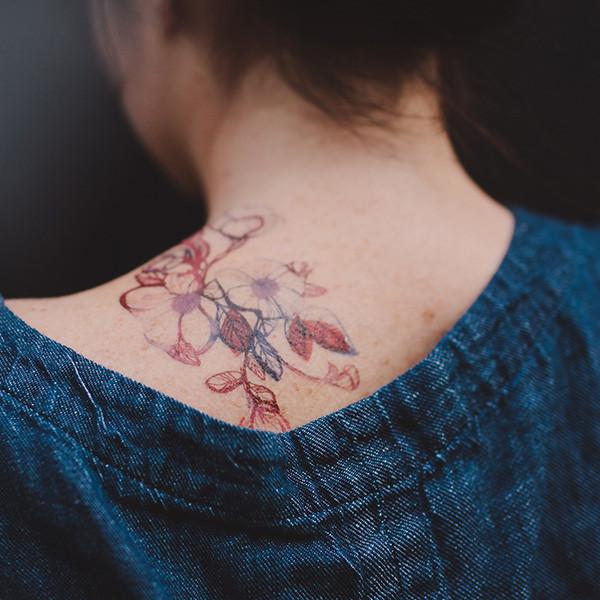 tattly_stina_persson_floral_flourish_web_applied_05_grande